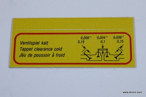 Fan Shroud Valve Clearance Decal, Normal Engine, Pressure Sensitive Type